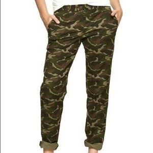 GAP Camo Straight Khaki Pants